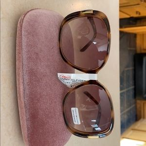 Tommy Hilfiger Brown Large Oval Sunglasses NWT